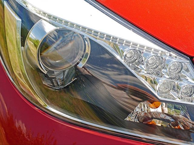 Zvládnete vyměnit žárovku u auta?